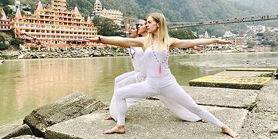 200 Hour Yoga Teacher Training, Yoga Alliance 200 Hour Teacher Training, Certified 200 Hour Yoga Training Rishikesh India