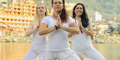 200 Hour Yoga Teacher Training, Yoga Alliance 200 Hour Yoga Teacher Training Rishikesh, Certified Yoga Teacher Training India, Rishikesh Yoga Teacher Training India